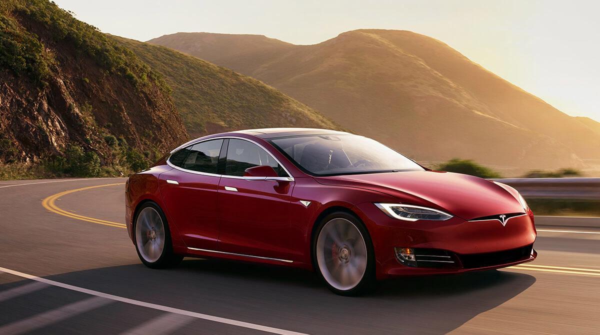 Tesla, en phase de devenir un concurrent majeur de Spotify