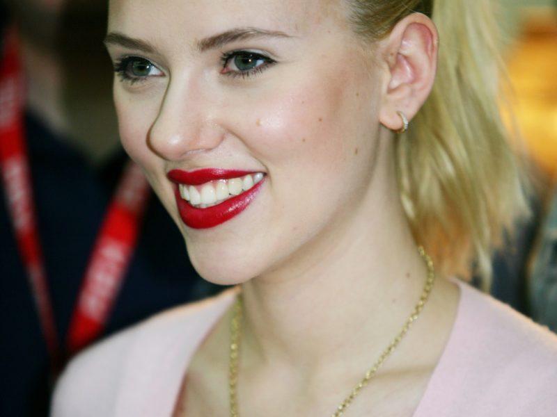Pourquoi la carrière musicale de Scarlett Johansson a-t-elle échoué ?