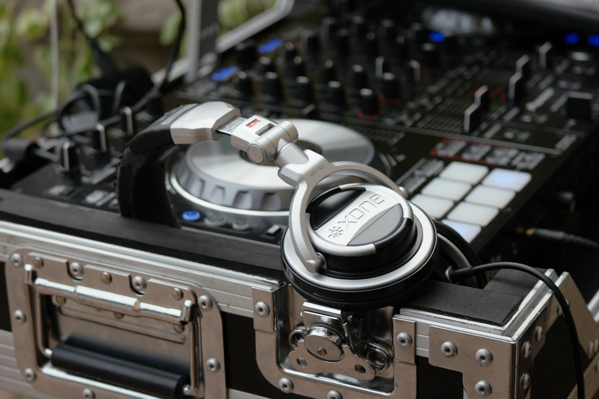 Comment choisir le meilleur équipement de DJ ?