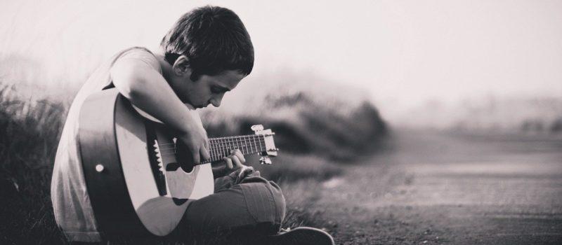 Apprendre de nouveaux instruments de musique en ligne